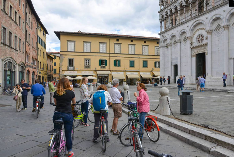 Cycling tour in Lucca